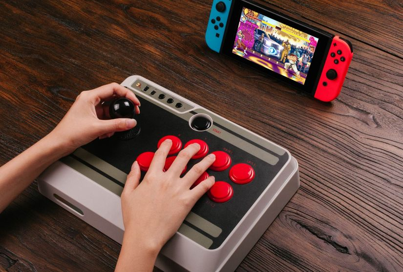 8Bitdo's Awesome New Wireless Arcade Stick for The NintendoSwitch